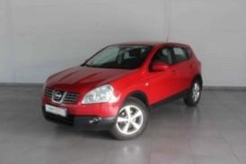 Nissan Qashqai 2009 г. (красный)