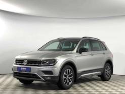 Volkswagen Tiguan 2018 г. (серебряный)