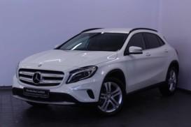 Mercedes-Benz GLA 2016 г. (белый)