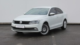 Volkswagen Jetta 2017 г. (белый)