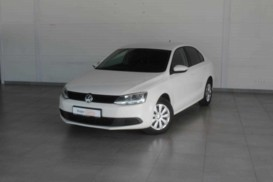 Volkswagen Jetta 2013 г. (белый)