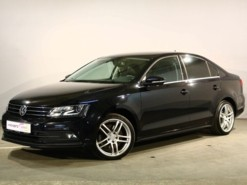 Volkswagen Jetta 2016 г. (черный)