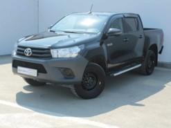 Toyota Hilux 2018 г. (черный)