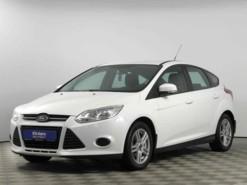 Ford Focus 2011 г. (белый)