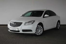 Opel Insignia 2013 г. (белый)