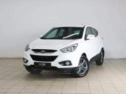 Hyundai ix35 2014 г. (белый)
