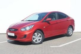 Hyundai Solaris 2011 г. (красный)