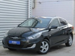 Hyundai Solaris 2011 г. (черный)