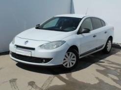 Renault Fluence 2011 г. (белый)