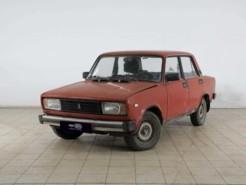 LADA 2105 1982 г. (красный)