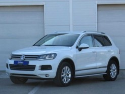Volkswagen Touareg 2012 г. (белый)