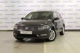 Volkswagen Passat 2014 г. (серый)