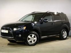 Mitsubishi Outlander 2012 г. (черный)