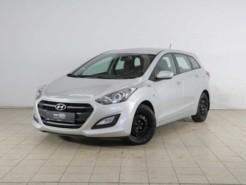 Hyundai i30 2015 г. (серебряный)