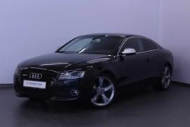 Audi A5 2010 г. (черный)