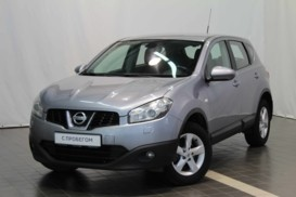 Nissan Qashqai 2010 г. (серый)
