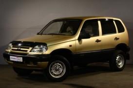 Chevrolet Niva 2006 г. (бежевый)