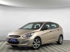 Hyundai Solaris 2011 г. (бежевый)