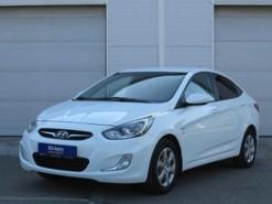 Hyundai Solaris 2013 г. (белый)