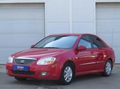 Kia Cerato 2008 г. (красный)