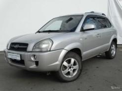 Hyundai Tucson 2008 г. (серебряный)