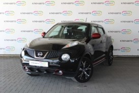 Nissan Juke 2014 г. (черный)