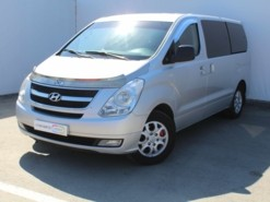 Hyundai Grand Starex 2010 г. (серый)