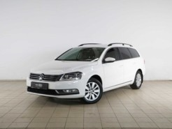 Volkswagen Passat 2014 г. (белый)