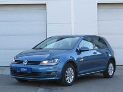 Volkswagen Golf 2013 г. (голубой)