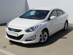 Hyundai i40 2015 г. (белый)