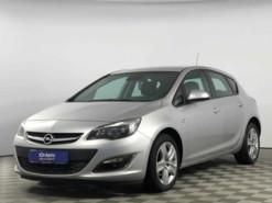 Opel Astra 2012 г. (серебряный)