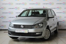Volkswagen Polo 2016 г. (серебряный)