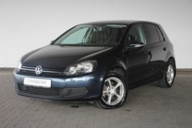 Volkswagen Golf 2010 г. (синий)