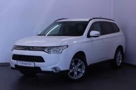 Mitsubishi Outlander 2013 г. (белый)