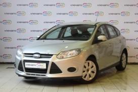 Ford Focus 2013 г. (серебряный)