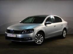 Volkswagen Passat 2014 г. (серебряный)