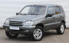 Chevrolet Niva 2005 г. (серый)