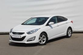 Hyundai i40 2014 г. (белый)