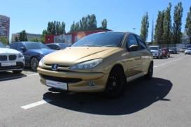 Peugeot 206 2005 г. (золотой)