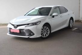 Toyota Camry 2019 г. (белый)