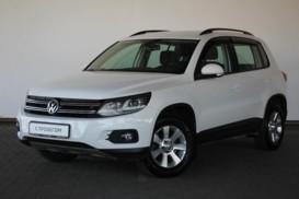 Volkswagen Tiguan 2013 г. (белый)