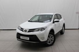 Toyota RAV4 2014 г. (белый)