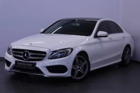 Mercedes-Benz C-klasse 2015 г. (белый)