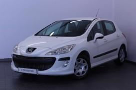 Peugeot 308 2010 г. (белый)
