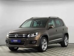 Volkswagen Tiguan 2016 г. (коричневый)