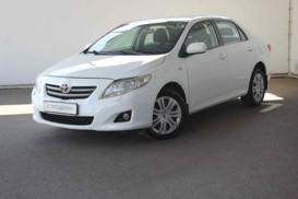 Toyota Corolla 2008 г. (белый)