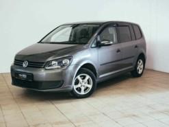 Volkswagen Touran 2010 г. (серый)