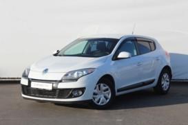 Renault Megane 2013 г. (белый)