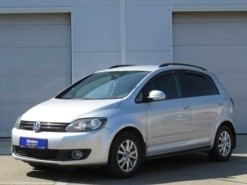 Volkswagen Golf Plus 2011 г. (серебряный)