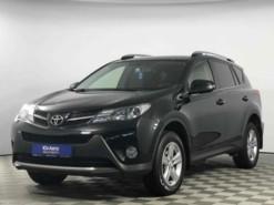 Toyota RAV4 2014 г. (черный)